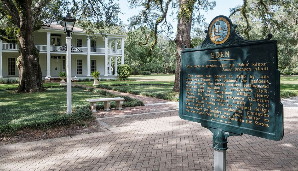 Eden Gardens State Park grounds with the plantation style house of William Henry Wesley