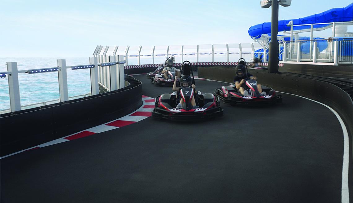 Go Karts en el barco Norwegian Bliss