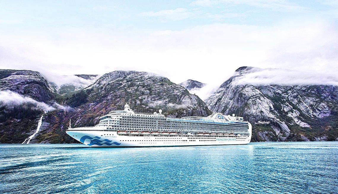 Ruby Princess cruise ship