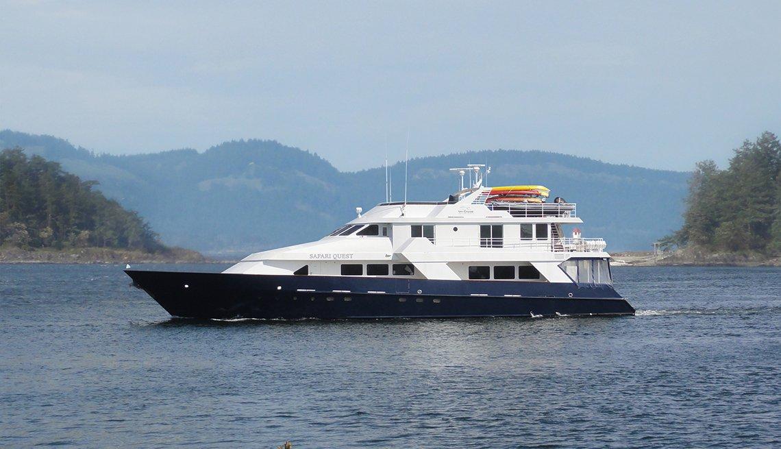 Un-Cruises Safari Quest cruise ship