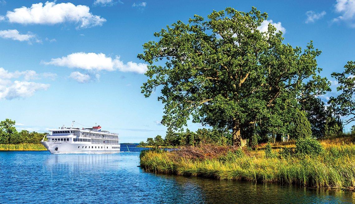Cruise ship in Florida