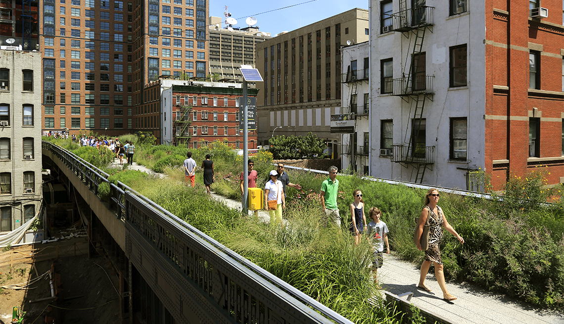item 9 of Gallery image - Visitors in a section of the High Line