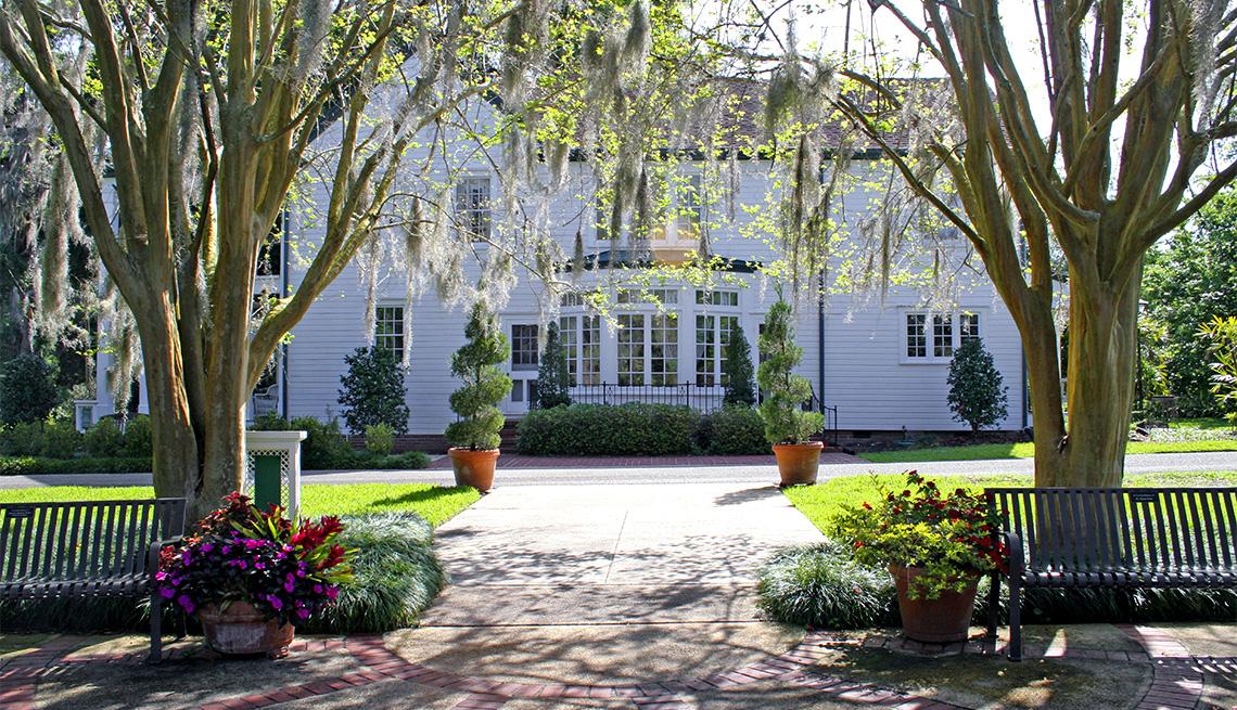 item 2 of Gallery image - Harry P. Leu Gardens, Orlando