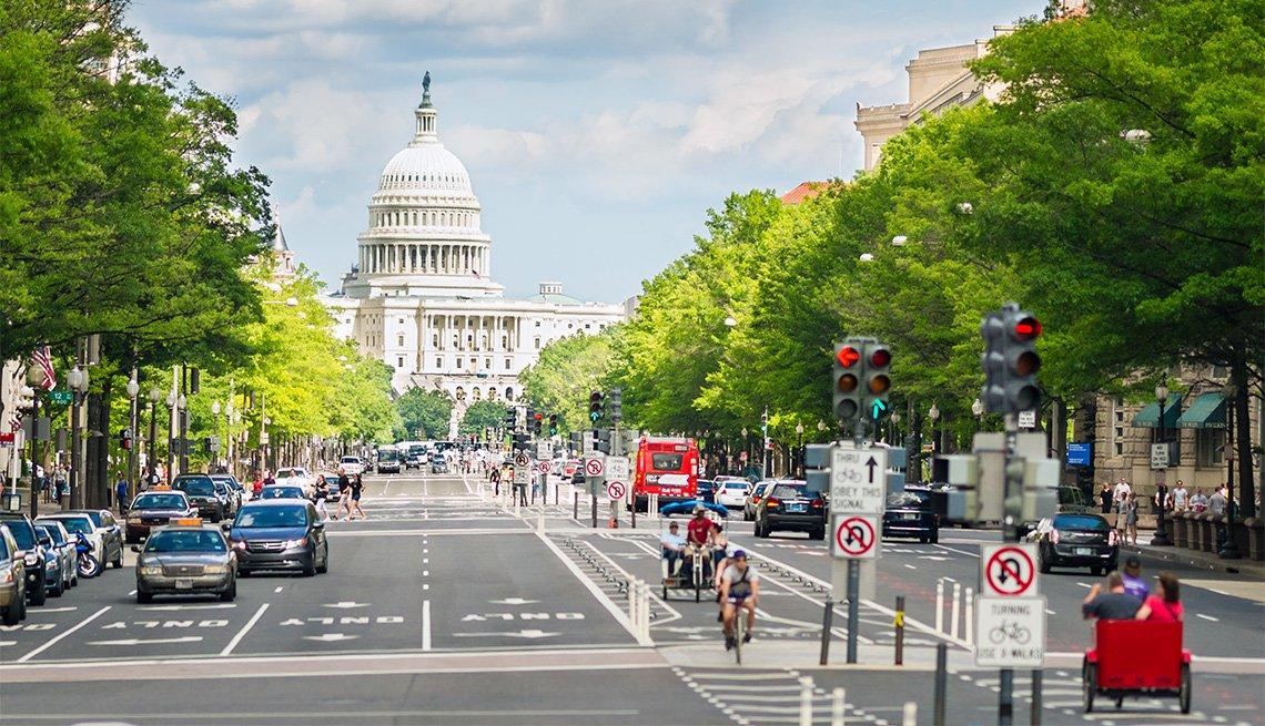 Pennsylvania Avenue and United States Capitol, Washington, D.C. USA