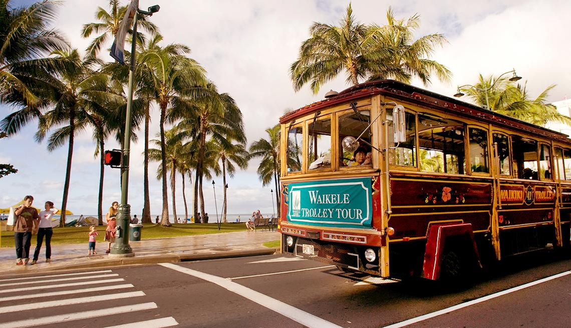 Aarp Car Rentals >> Oahu Transportation: Getting Around Guide