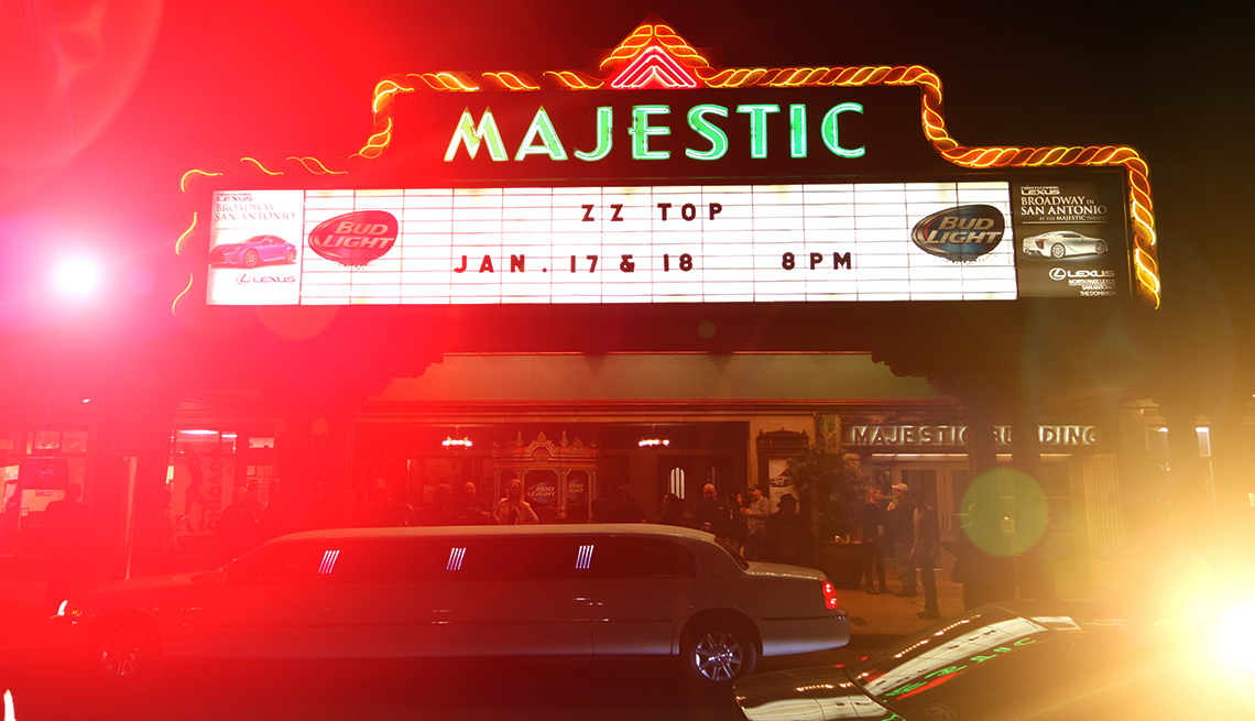 item 6 of Gallery image - The Majestic Theater in San Antonio