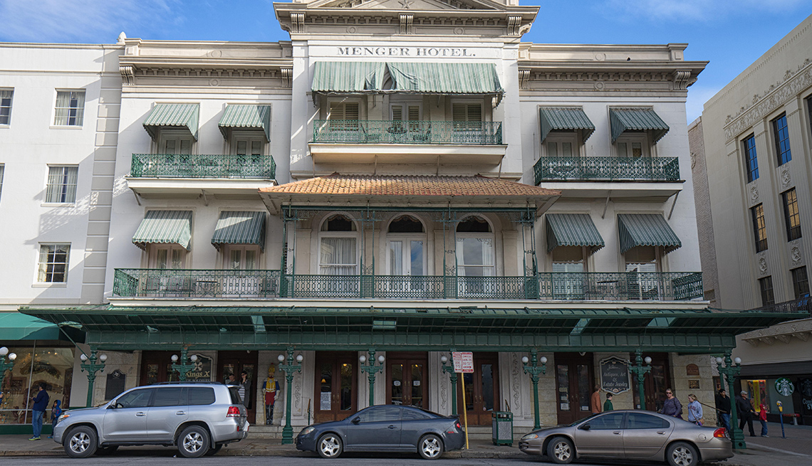 item 7 of Gallery image - Menger Hotel in San Antonio, Texas