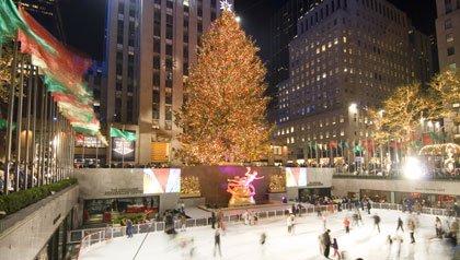 Patinar sobre hielo en el Rockefeller Plaza un programa para estas navidades en Nueva York