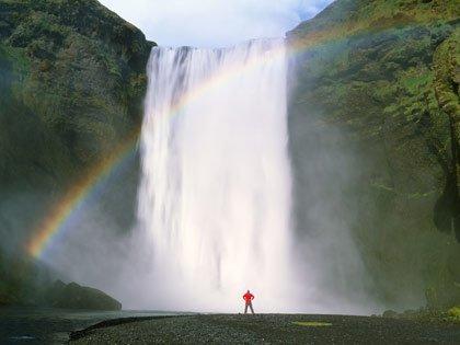 Iceland, where earth roars (GDA)
