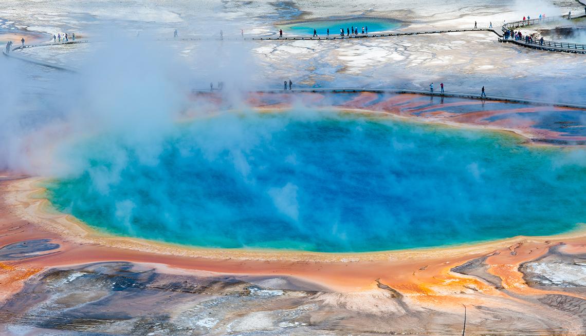 Caldera de Yellowstone, Wyoming y Montana - 10 maravillas naturales en Estados Unidos