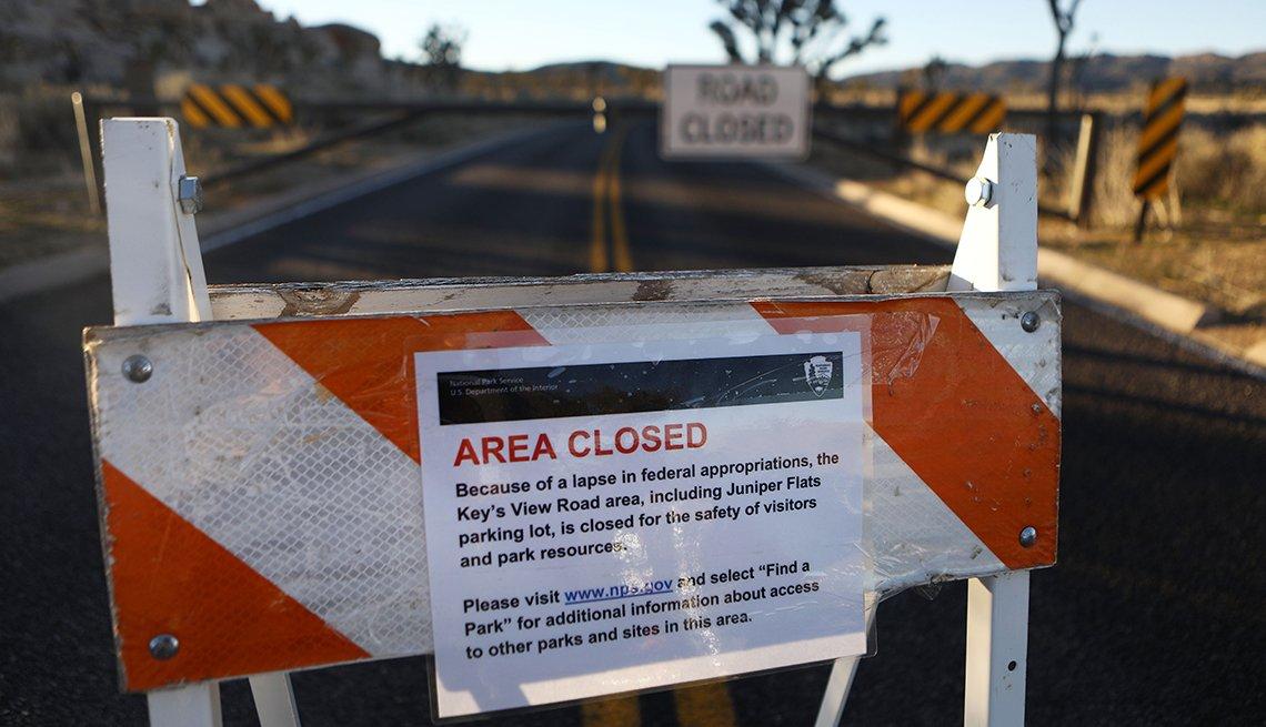 road closure sign at Joshua Tree National Park