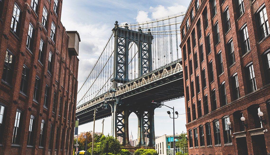 Vista del puente de Manhattan desde Brooklyn