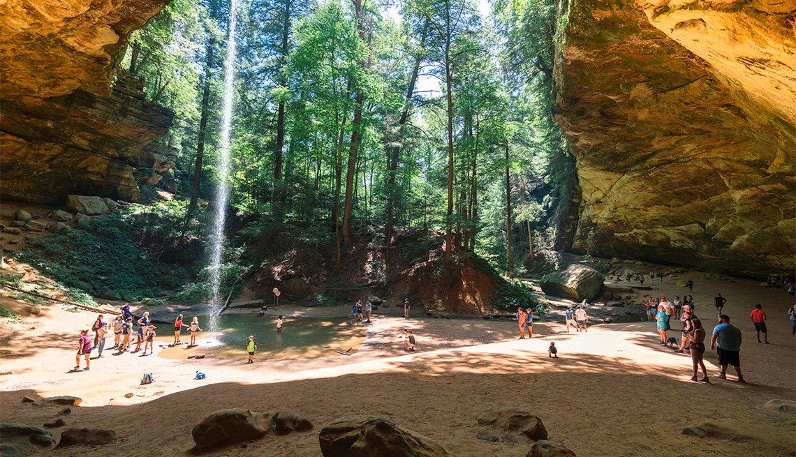 Ash Cave, una cueva en Hocking Hills State Park