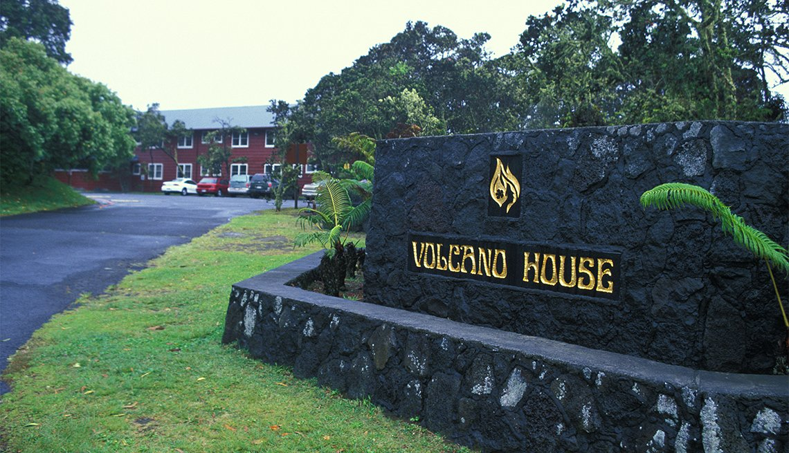 Entrada del hotel Volcano House