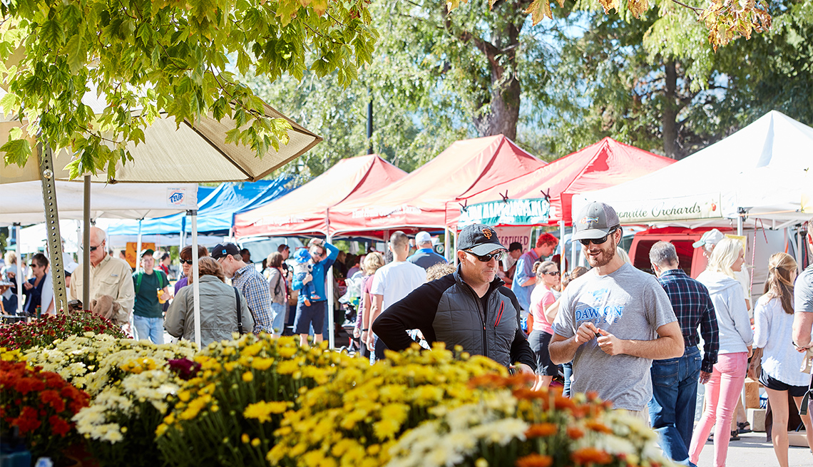 item 4 of Gallery image - Boulder Farmers Market