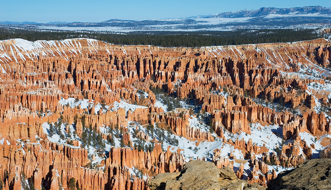 item 3 of Gallery image - Panorámica del anfiteatro Bryce