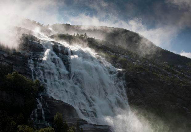 Langfoss, Noruega - Las 10  cascadas más hermosas del mundo