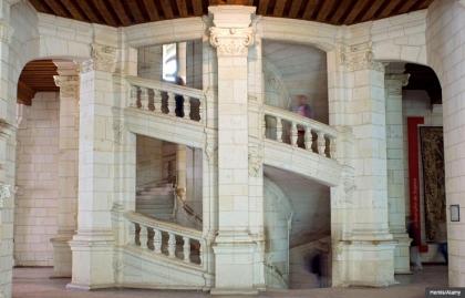 Escalera en el castillo de Chambord, Francia, Escaleras increíbles en el mundo