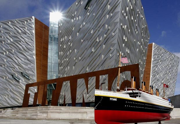 Titanic Visitors Center en Belfast, Irlanda del Norte - 10 ideas de moda para sus vacaciones