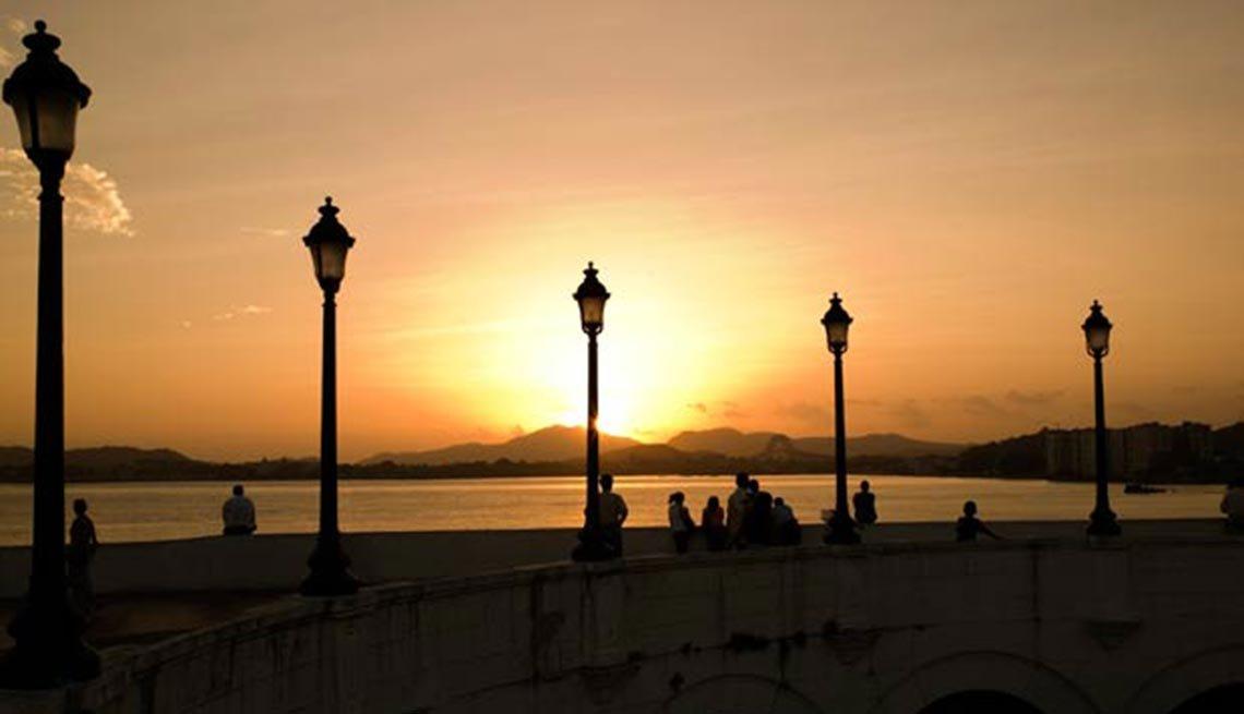 Puesta de sol en el Canal de Panamá, 10 hechos inusuales sobre, Puesta de sol en el Canal de Panamá, 10 hechos inusuales sobre