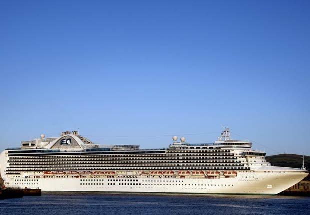 El crucero Crown Princess, 10 hechos inusuales sobre el Canal de Panamá