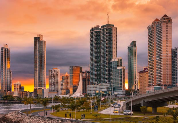 Avenida Balboa, 10 lugares para visitar en Panamá
