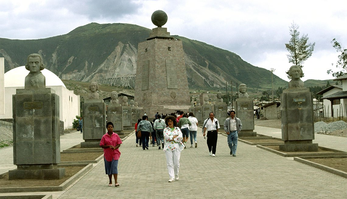 Center of the Earth, Ecuador