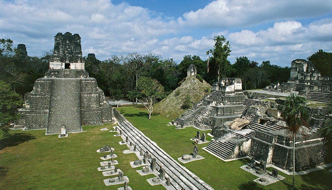 Patrimonios culturales que no te puedes perder en Latinoamérica - El Peten, Guatemala