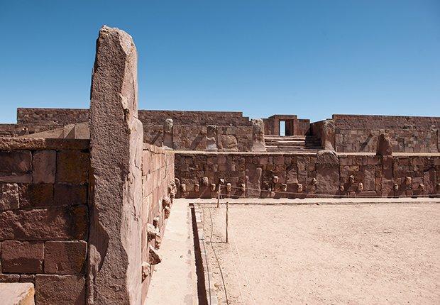 Patrimonios culturales que no te puedes perder en Latinoamérica - Tiwanaku in Bolivia