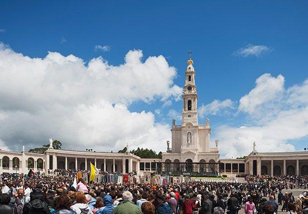 Emblemas del Santuario de Nuestra Señora del Rosario de Fátima