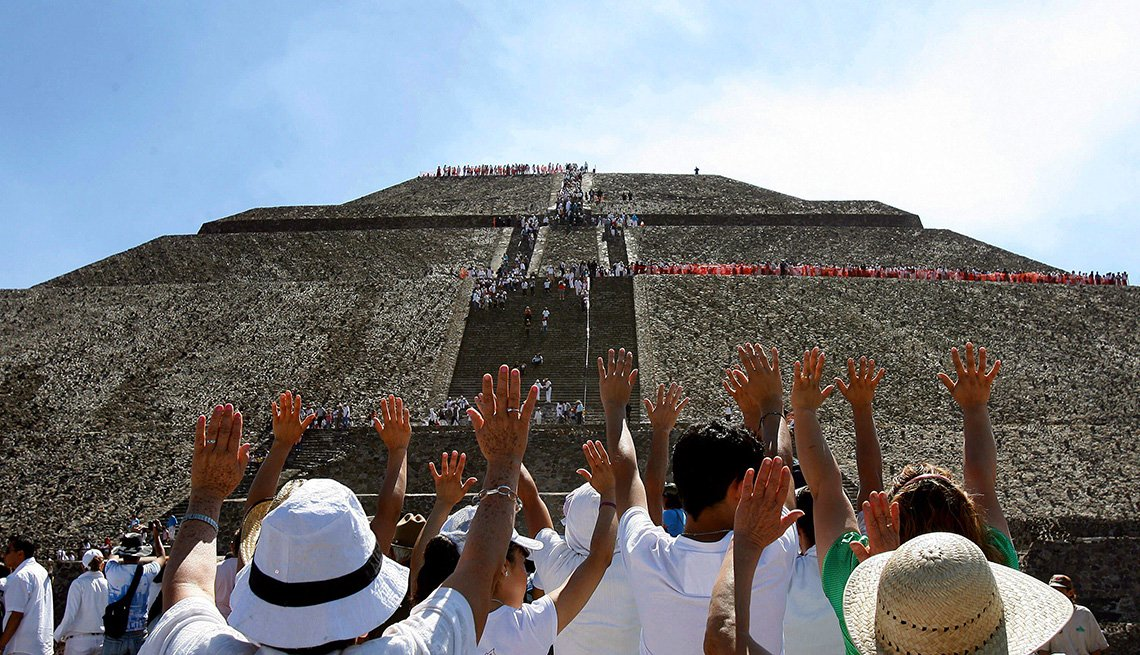 Spring Equinox at Pyramid of the Sun, Teotihuacan in Mexico, Inspiring Latin American Trips
