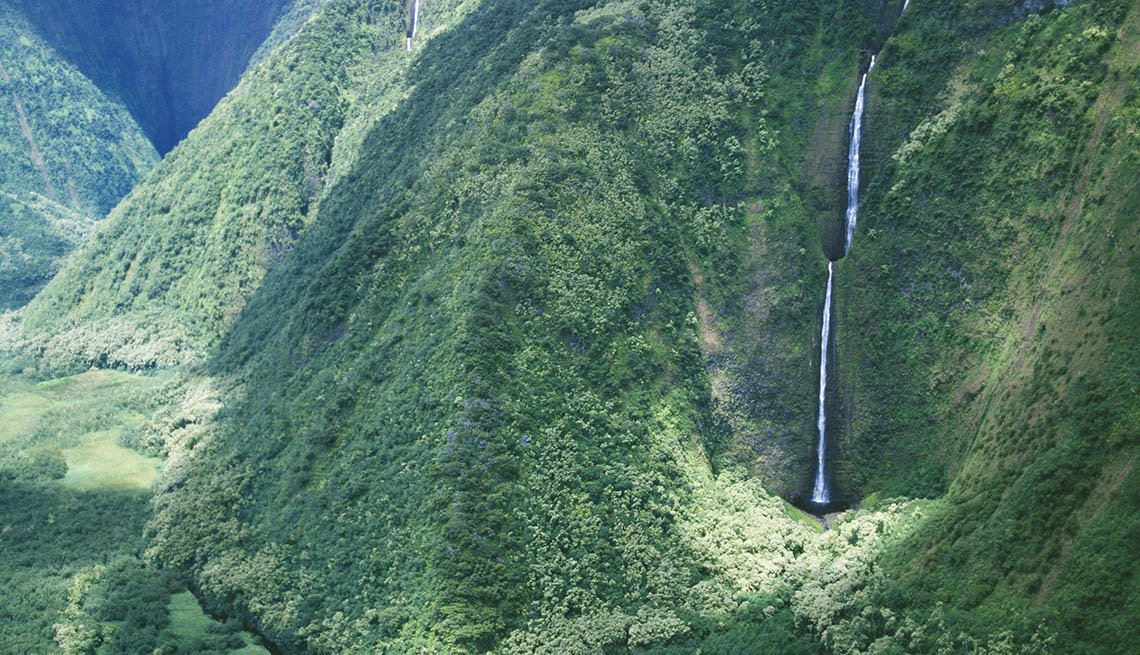 Wai'ilikahi Falls In Hawaii, Best International Waterfalls