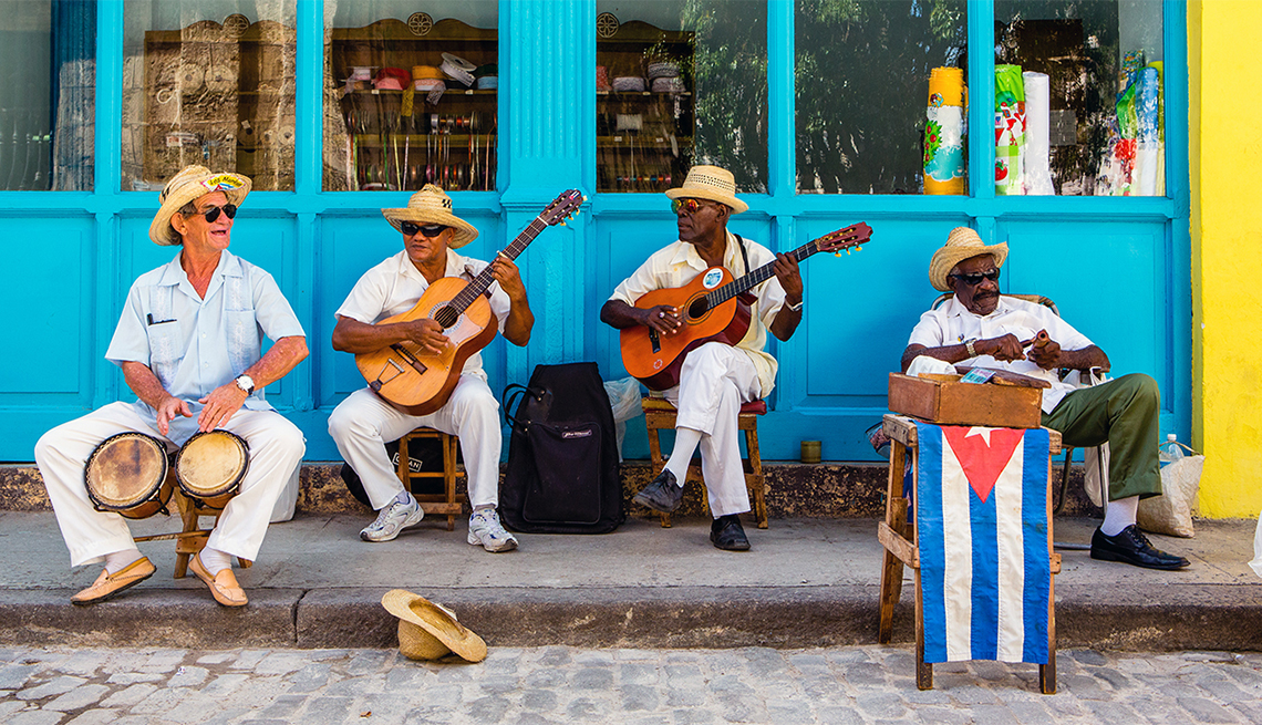 Quartet of Cuban Musicians perform in Havana, Cuba, Caribbean Island Guide