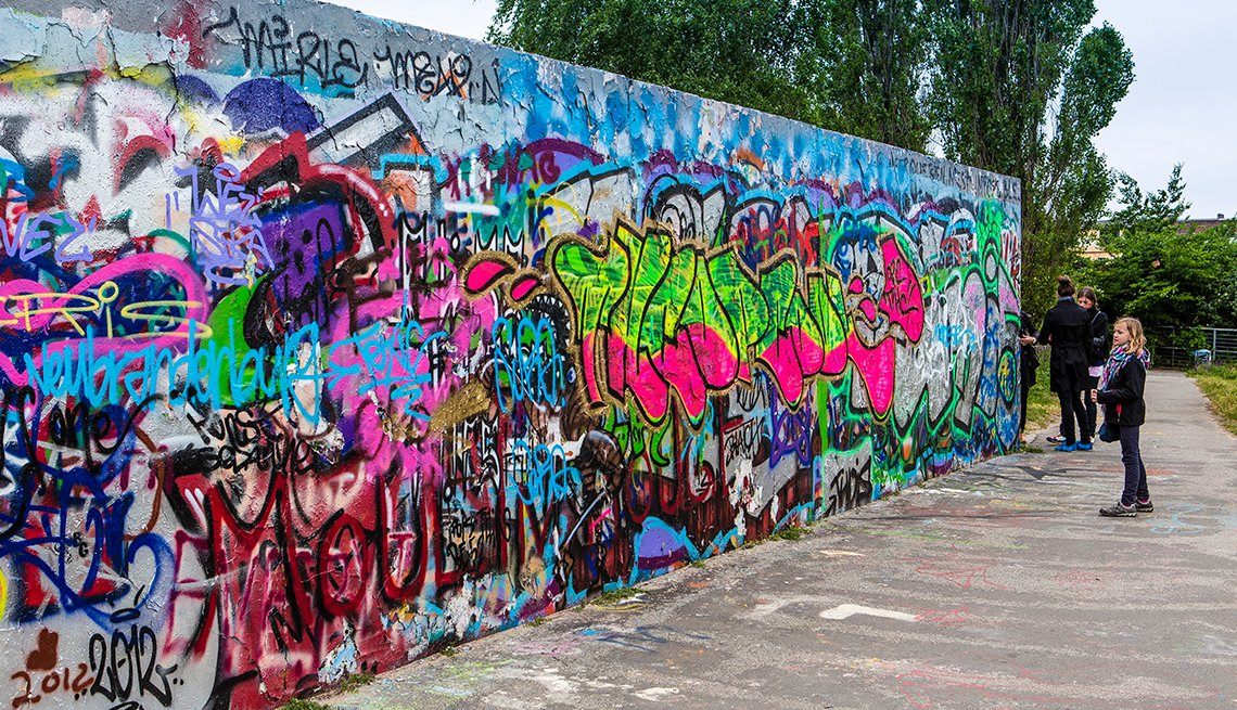 Colorful Grafitti, Berlin Wall, Berlin: Culture and Chic on the Cheap