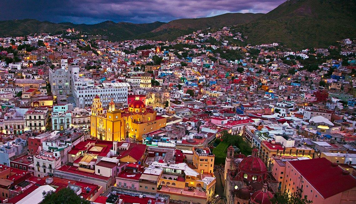 Basilica Colegiata de Nuestra Senora de Guanajuato in Guanajuato, Mexico, Mexican Getaways, Travel