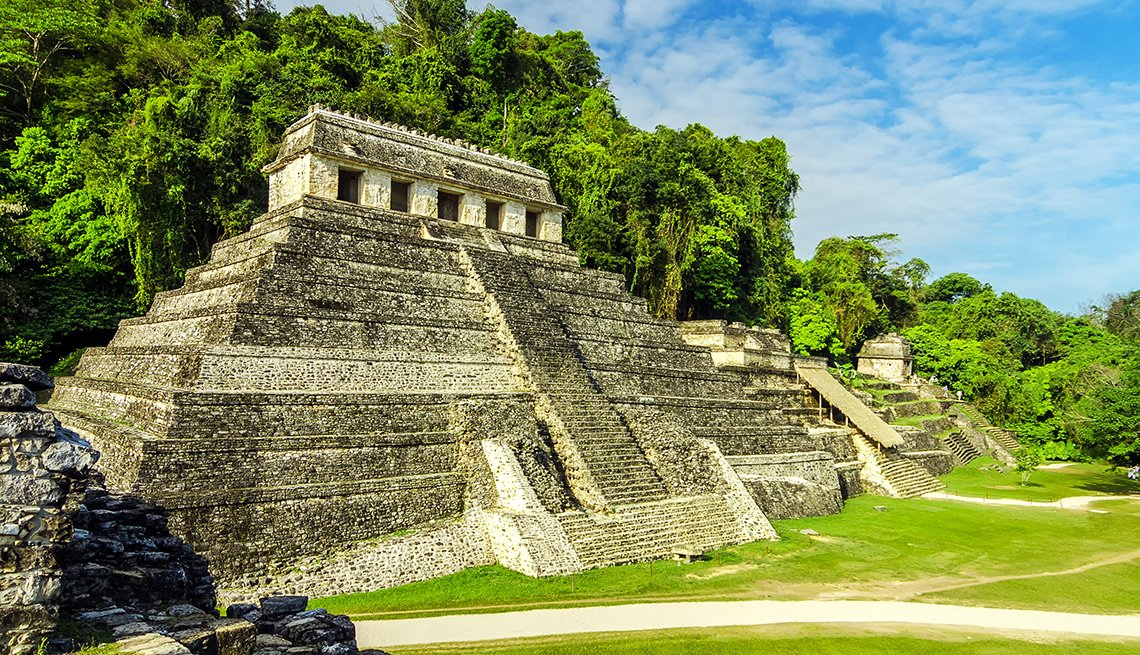 Ancient Mayan Temples in Palenque, Mexican Getaways, Travel