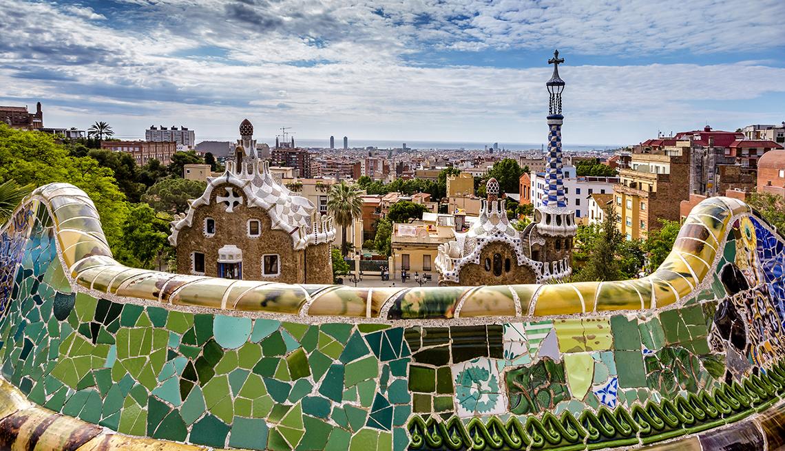 Park Guell, Antonin Gaudi, Tile Walls, Barcelona: A City Splendid for Strolling