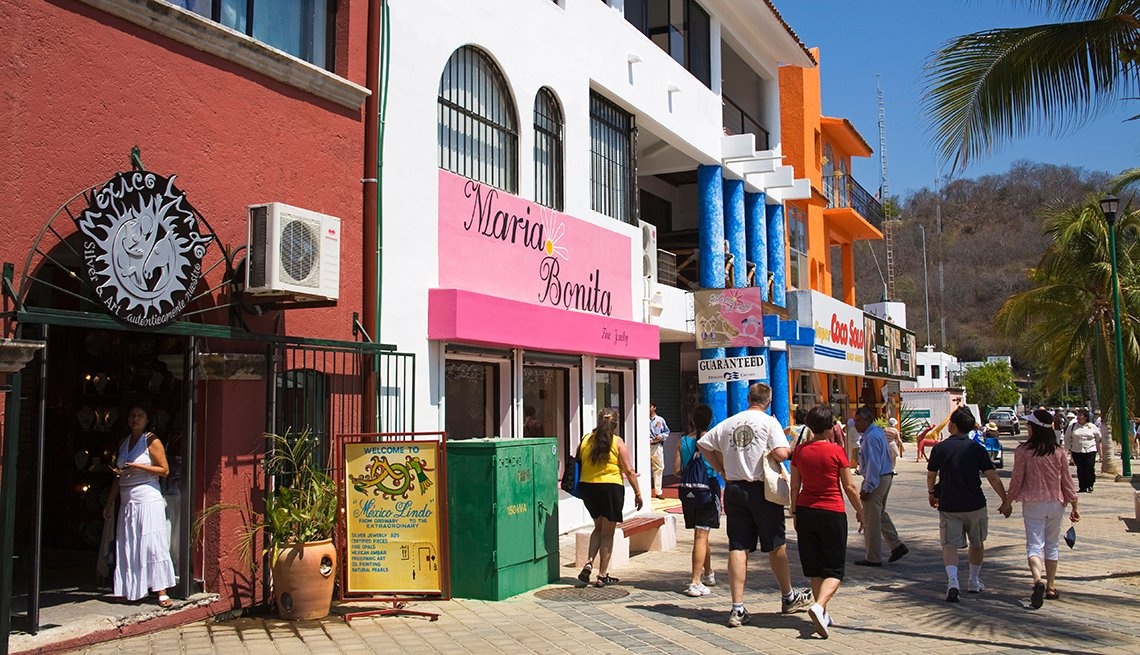 Tourists Enjoy Shops In Oaxaca State, All Inclusive Mexican Resorts
