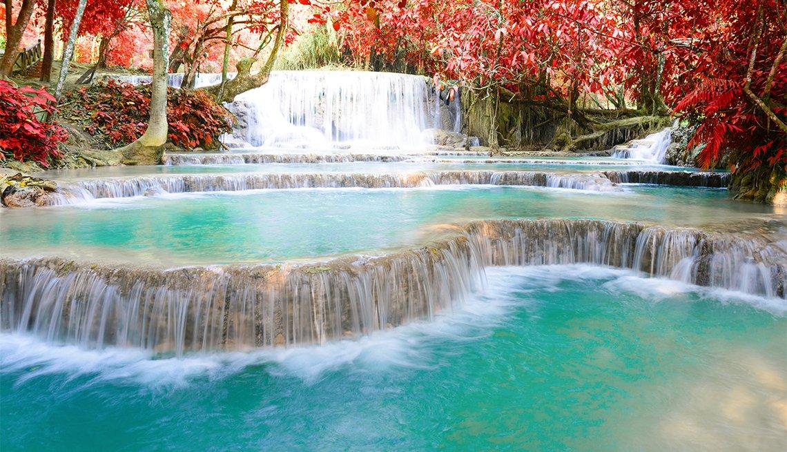 item 8 of Gallery image - Cascada de Kouangxi en Luang Prabang en Laos.