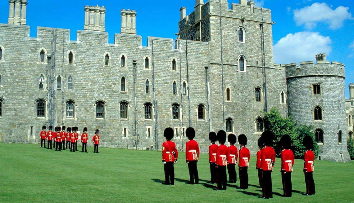 Cambio de guardia, castillo de Windsor, Berkshire, Inglaterra.