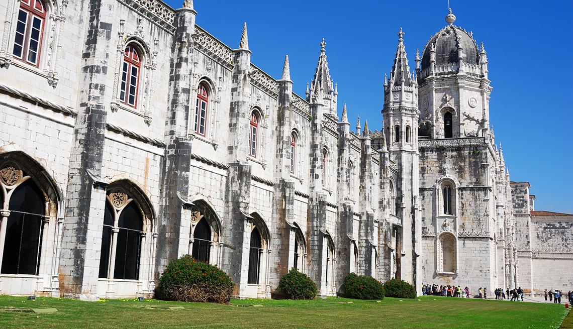 Monasterio de Jerónimos (Jerónimos) en el distrito de Belem de Lisboa, Portugal.