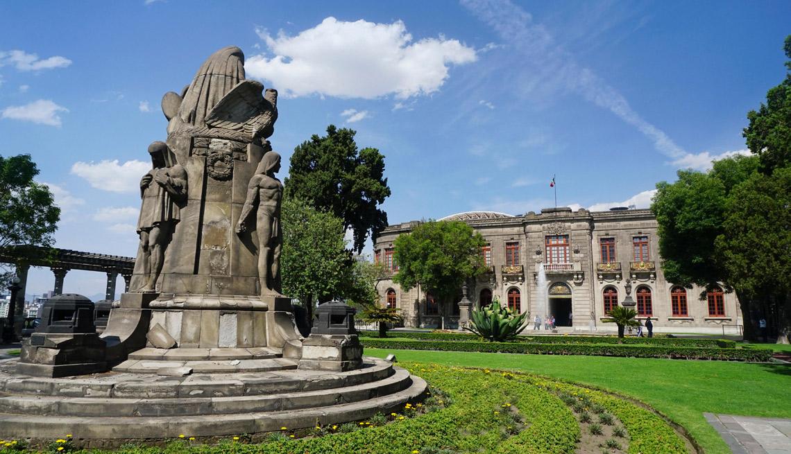 item 2 of Gallery image - Castillo de Chapultepec, Distrito Federal, México.