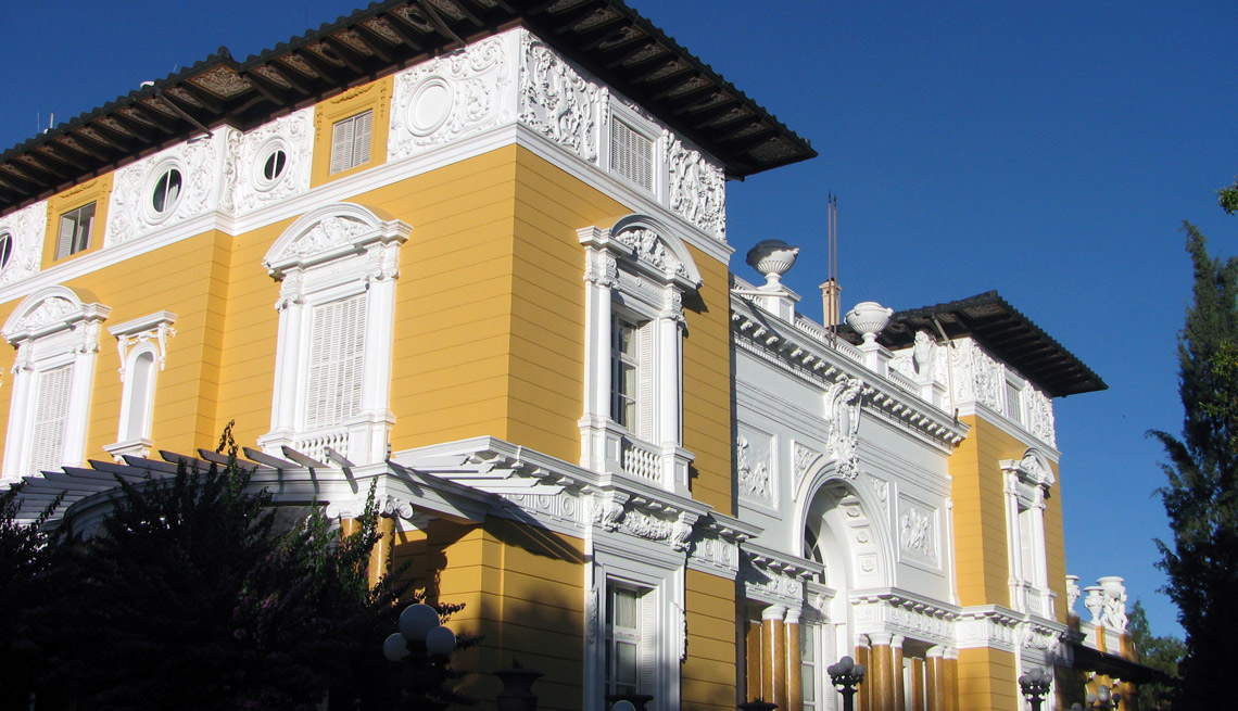 item 9 of Gallery image - Palacio Portales, Cochabamba, Bolivia.