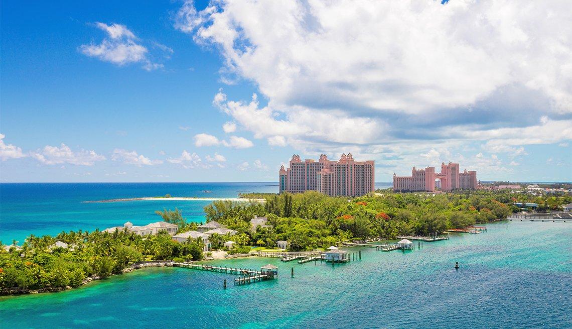 idyllic beaches of Paradise Island, Nassau, Bahamas