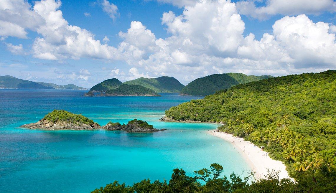 Trunk Bay vacation destination beach in St. John, Virgin Islands