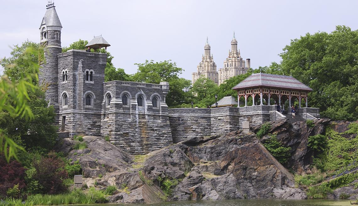 Belvedere Castle, Rocks, New York, 10 Must-See American Castles
