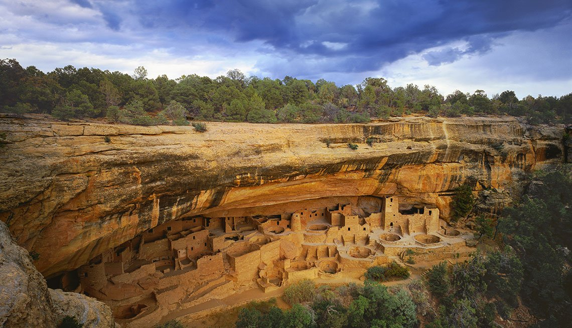 The Cliff Palace Is An Ancient Anasazi Settlement, Bizarre Buildings