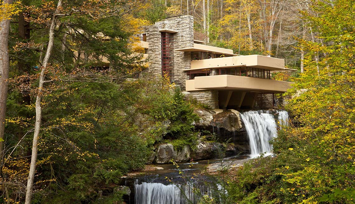 View Of Frank Lloyd Wright's Fallingwater Building In Pennsylvania, Bizarre Buildings