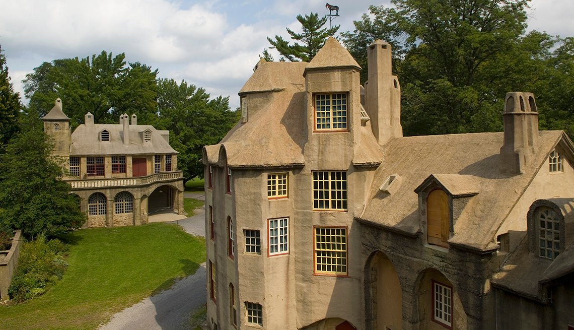 Fonthill House, Rooftops, Windows, 10 Must-See American Castles