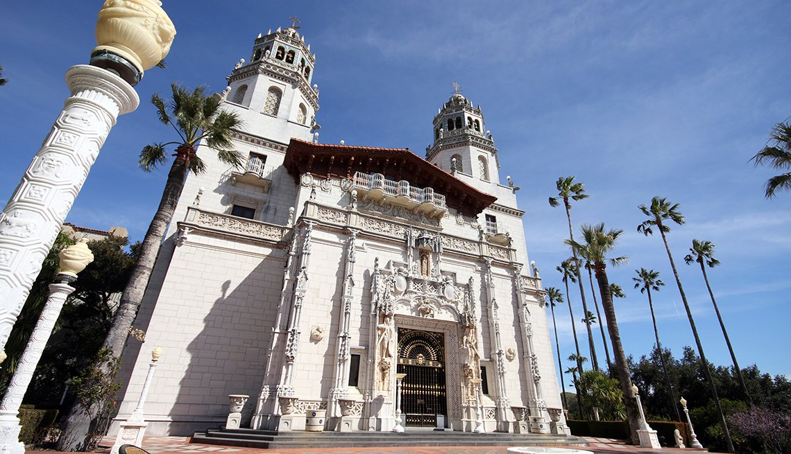 Hearst Castle, San Simeon, California, 10 Must-See American Castles